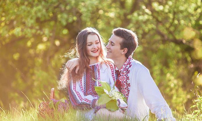 怀疑老婆有外遇怎么办,婚姻关系需要这样维持