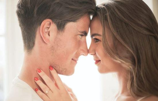 十年恋爱五年婚姻,儿女双全发现老公出轨该怎么办?