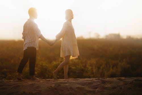 男朋友不愿意和老婆离婚怎么办